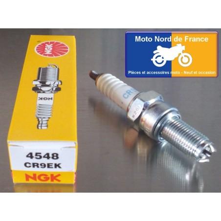 4 Spark plugs NGK type CR9EK for Suzuki GSF 600 Bandit S/N 1995-2004