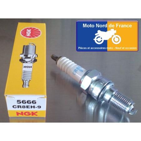 Spark plug NGK type CR8EH-9